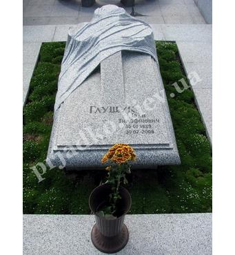 Елітарна скульптура із граніту на могилу