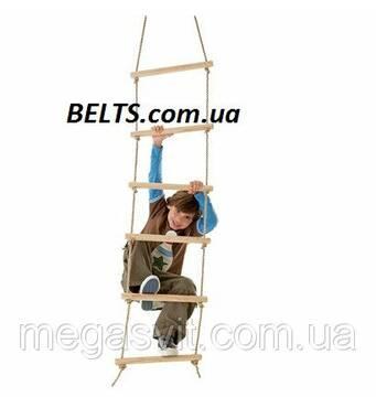 Мотузяні сходи з дерев'яними сходинками