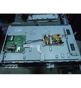 """Телевизор 32"""" Samsung LE-32D450 на запчасти"""