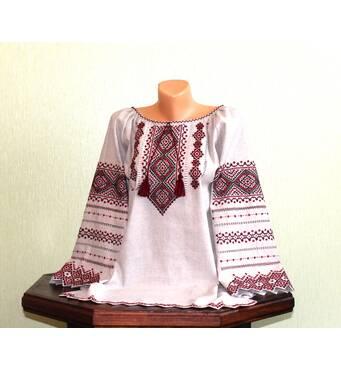 Українська сорочка жіноча з багатою вишивкою ручної роботи