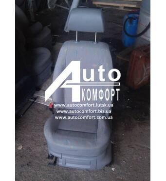 Оригинальное водительское (пассажирское) сидение на Volkswagen Caddy (Кадди)