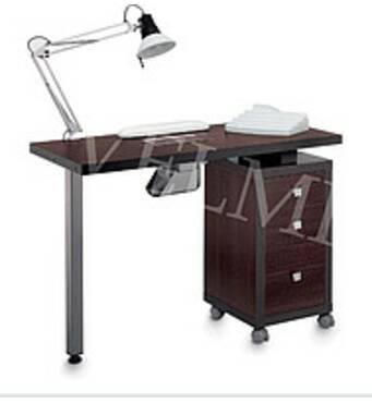 Манікюрний стіл VM-104