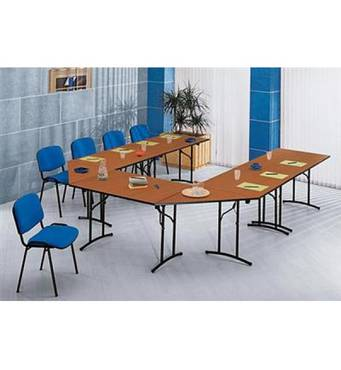 Доладні столи для конференц-залу. Зовнішні габарити конфігурації : 3700 х 3075 х 750 мм Кількість посадочних місць 19.