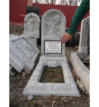 Памятник из гранулита одинарный с цветником вертикальный образец №4 купить в Украине