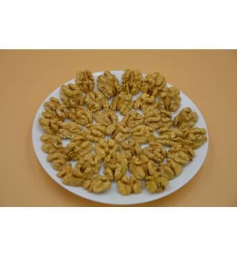 Грецкий орех (половинка).Цена за 100г