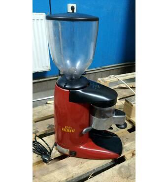 Кофемолка (гриндер) Compak, Cunill, б/у в хорошем состоянии из Европы