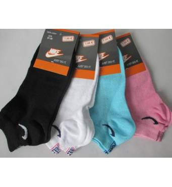 Короткие женские носочки с сеточкой