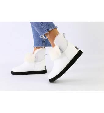 Зимние белые кожаные угги для девочки 34