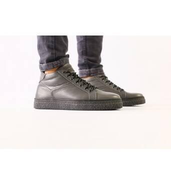 Мужские серые кожаные зимние ботинки на шнурках