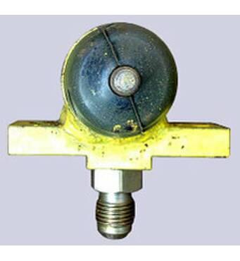 Розмикач гальма механізму повороту автокранів