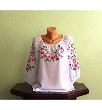 блуза жіноча вишита гладдю ручної роботи