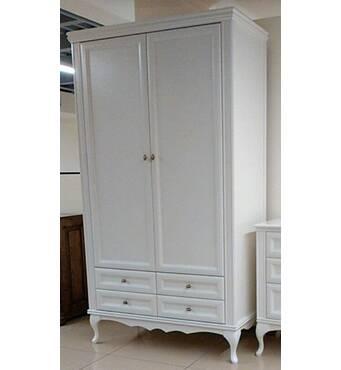 Белый гардеробный шкаф на фигурных ножках Амальтея из дерева