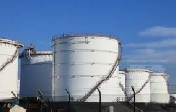 Послуги із захисту від блискавки нафтосховищ