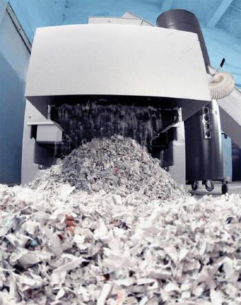 Уничтожение архивных документов промышленным шредером и прессованием в тюки