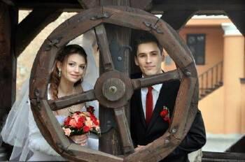 Обробка Ваших фото весілля, ювілеїв, дитячих свят. Ціни доступні