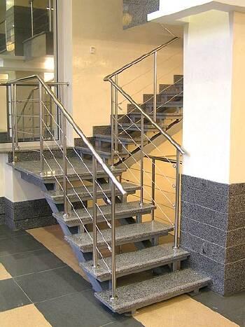 Огородження для сходів з нержавіючої сталі на замовлення