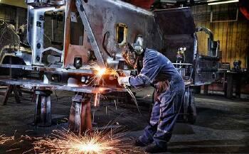 Зварювальні роботи по ремонту вантажних автомобілів, Київ