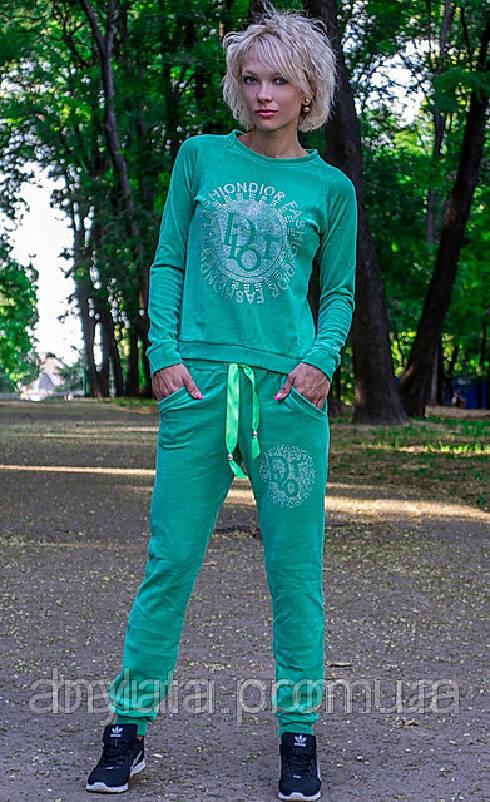 306c65131ae360 Женский велюровый спортивный костюм Dior - Фотокаталог - Інтернет ...