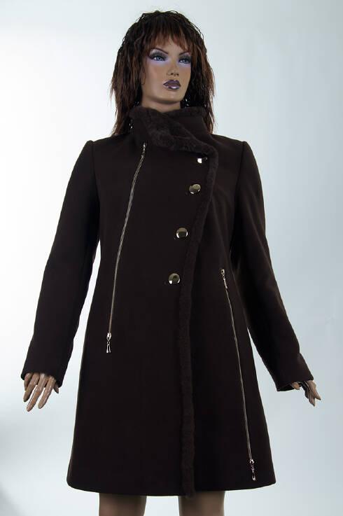 Красивое черное пальто купить можно у нас - Фотогалерея одежды ... 03be3f47502ee