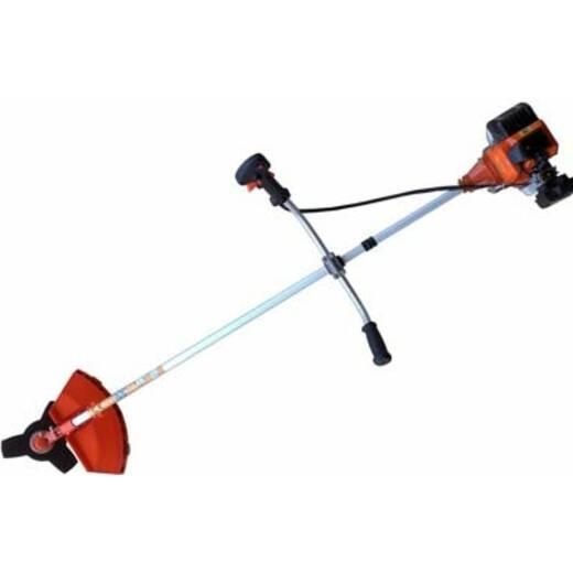 В наявності найкращі інструменти для косіння трави
