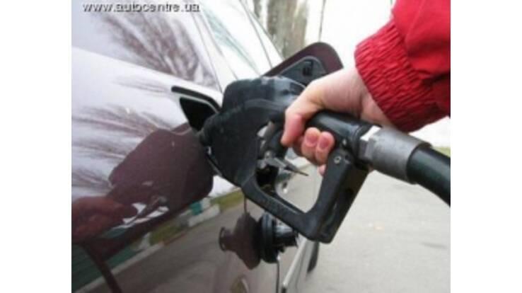 Операторів ринку нафтопродуктів змусять знизити ціни на паливо