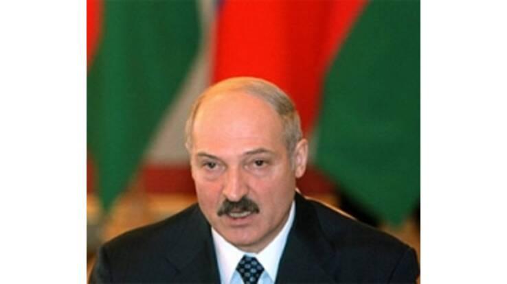 Участников митинга против Лукашенко приговорили к административным арестам