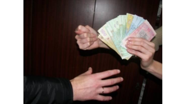 """Одеська кредитна спілка """"обчистила"""" своїх вкладників на 100 мільйонів гривень"""
