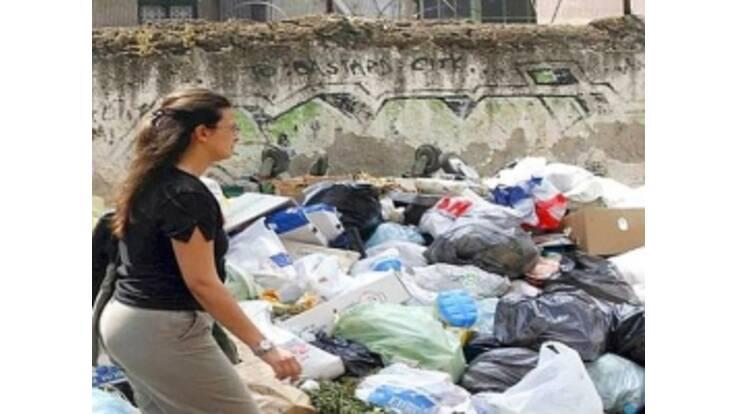 """Італія """"плаває"""" у смітті"""