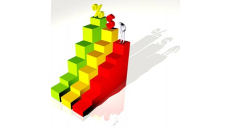 Азаров: инфляция не дотянет до 9%