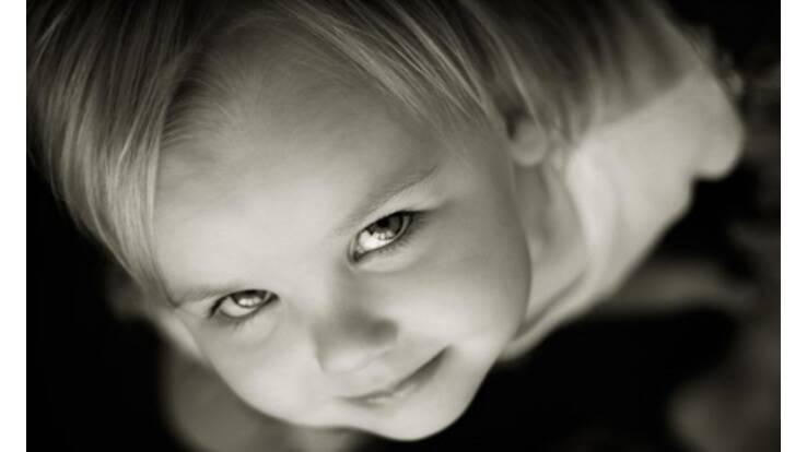 42% всиновлювачів українських дітей - іноземці