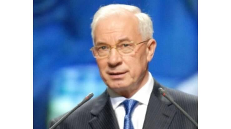 Азаров готовит 180 новых законов о налогах
