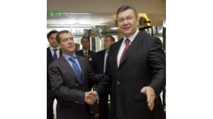 Medvedev is going to visit Yanukovych