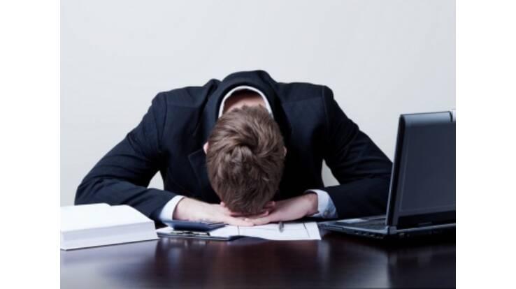 Украинские бизнесмены тратят на отчеты 491 час в год