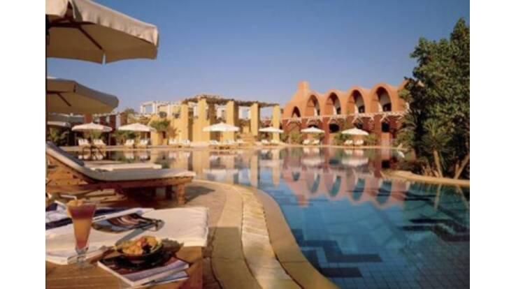 Готелі на єгипетських курортах закриваються, щоб мінімізувати збитки