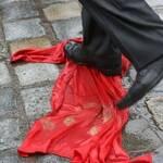 Опозиційні партії Сумщини закликали знищувати радянські прапори