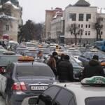 Львовские таксисты бастуют