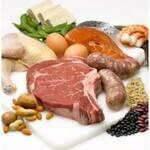 Українцям продають торішні м'ясо та рибу