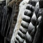 Українські магазини переповнені китайськими шубами