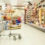 У столичних магазинах дефіцит овочів та фруктів