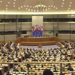 Завтра Європарламент скасує візовий режим і введе санкції проти України