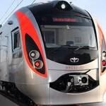 """Поезд """"Hyundai Rotem"""" снова курсирует"""