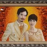 До конца августа снижены цены на изготовление портретов из янтаря