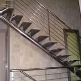 Купити сходи з нержавійки недорого в Україні