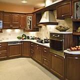 Реалізуємо кухні з натурального дерева (Одеса)