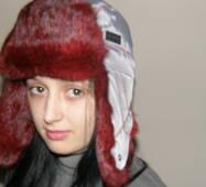 12. Хутряна шапка вушанка жіноча (червоне хутро)