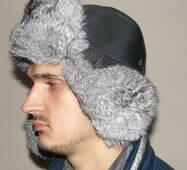 2. Чоловіча хутряна шапка з кролика (світло сіра)