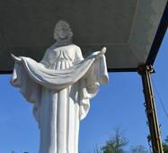 Скульптура з мармуру Покрова