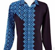 Экстравагантная сорочка на пуговицах с ассиметричной вышивкой