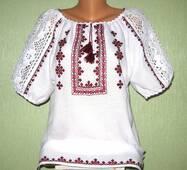 вышитая сорочка женская с белым кружевом