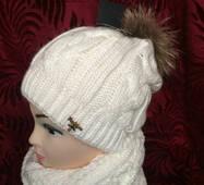 Жіноча шапка і шарф